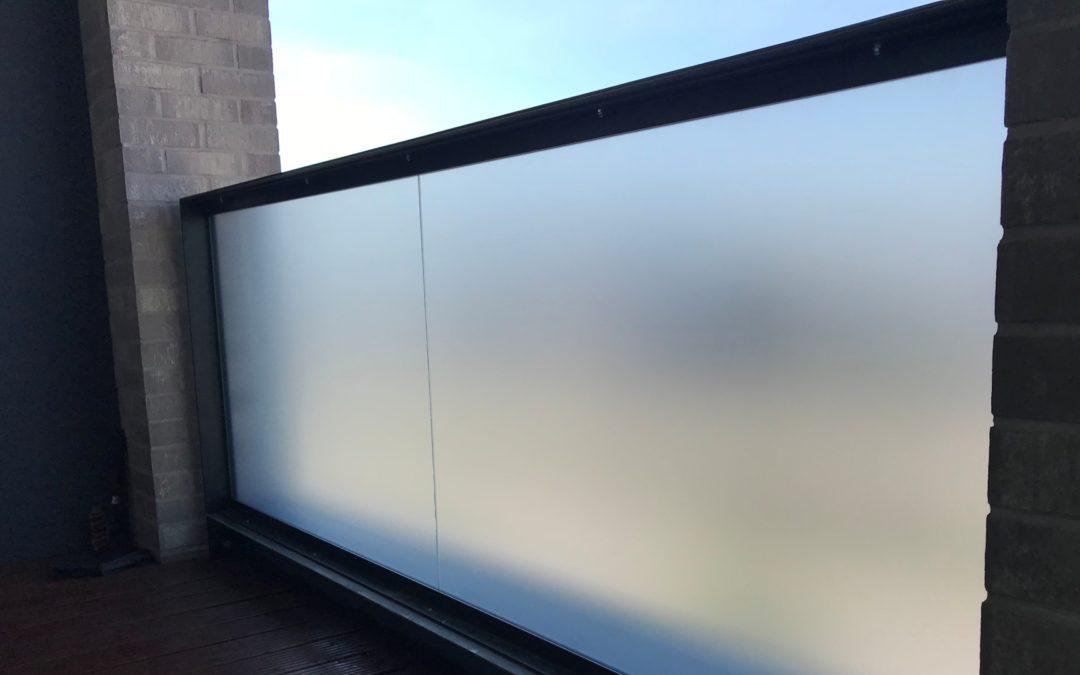 Folie na szyby balkonowe Warszawa